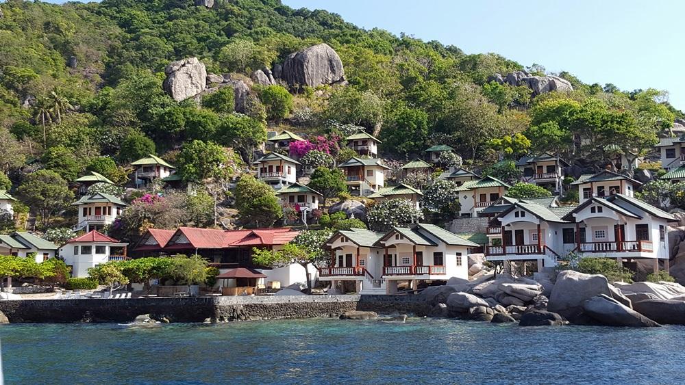 Tanote Bay mit Ferienanlagen