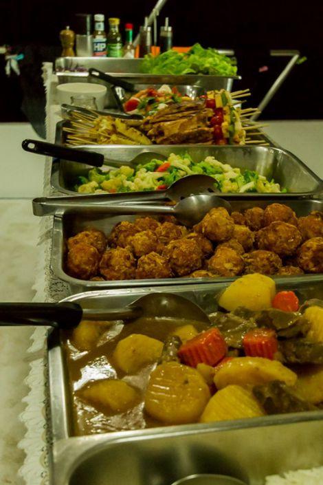 Essen an Bord des Tauchschiff Pawara