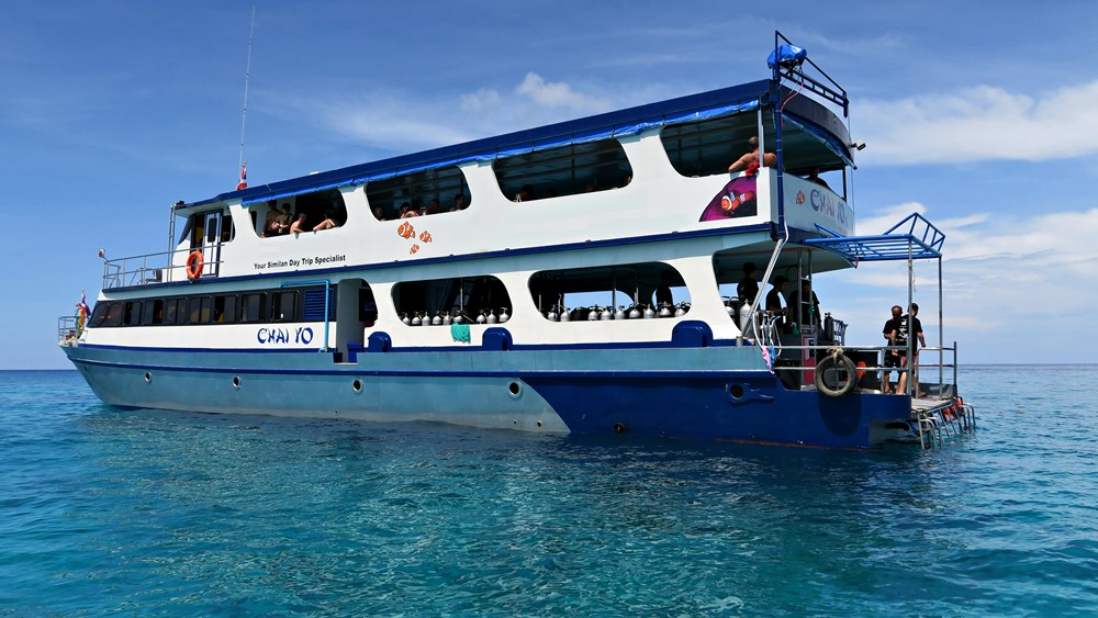 Tagestour Tauchschiff MV Chai Yo Tauchdeck