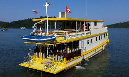 Tauchschiff MV Amapon Tauchdeck