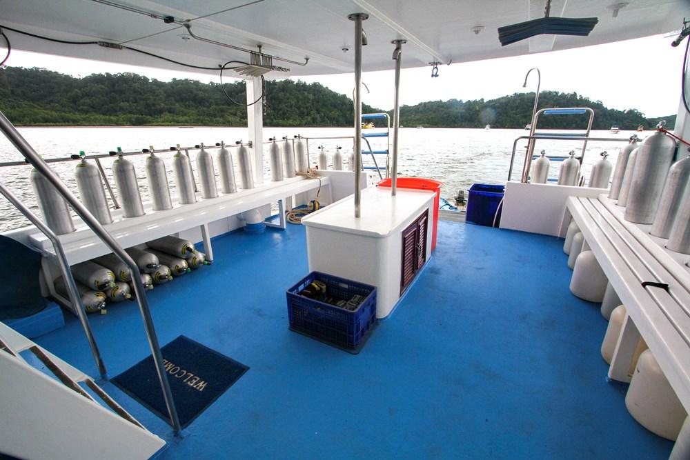 Tauchschiff Manta Queen 2 Tauchdeck