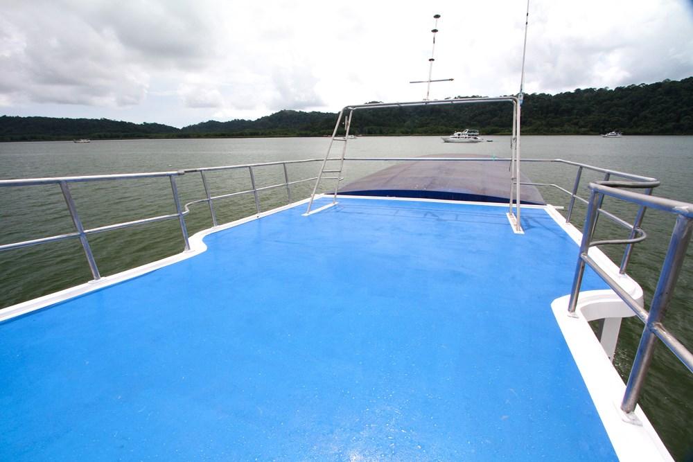 Tauchschiff Manta Queen 5 Sonnendeck