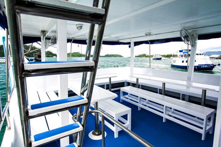 Tauchschiff Manta Queen 7 Essbereich