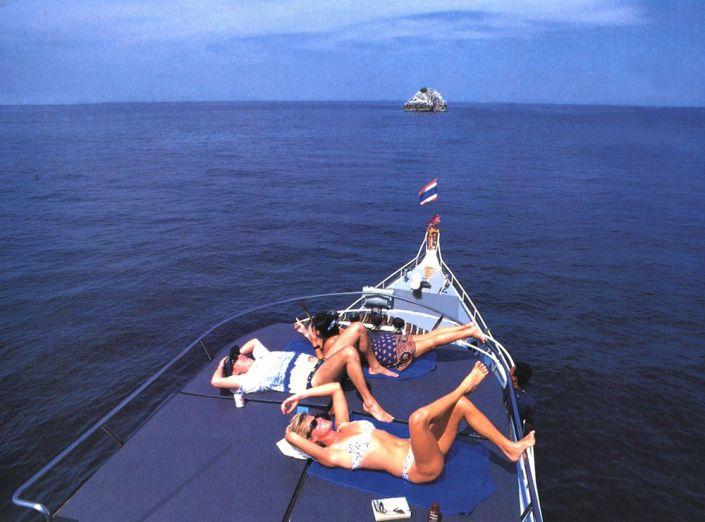 Tauchschiff MY Genesis Sonnendeck