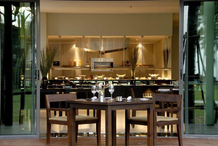 Restaurant im Ramada Khao Lak Resort