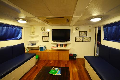 Tauchschiff Manta Queen 7 Aufenthaltsraum