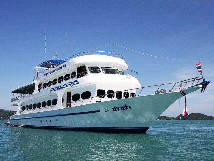 Tauchschiff MV Pawara
