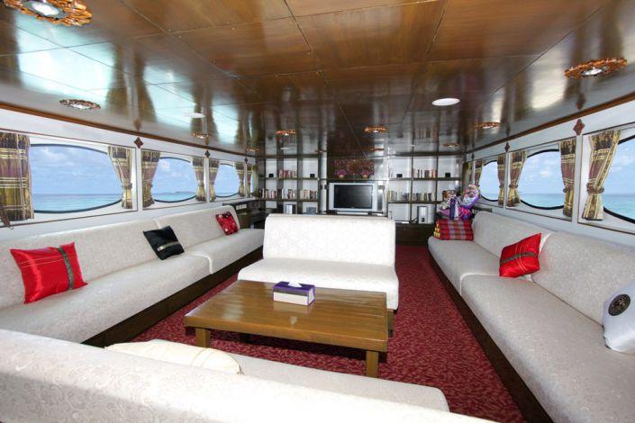 Tauchschiff MV Pawara Saloon