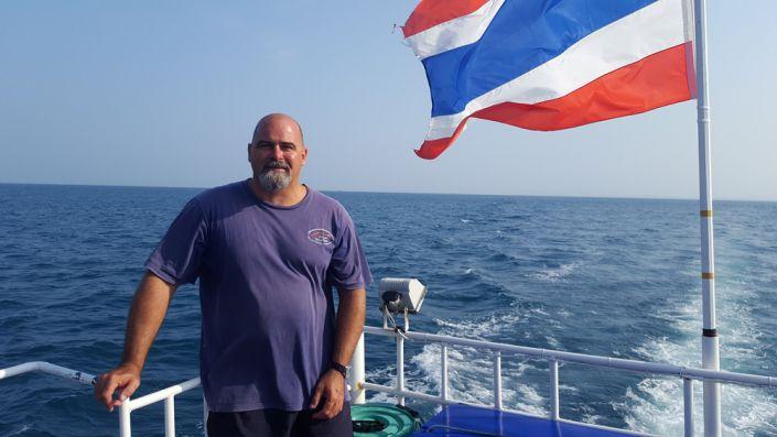 Claus Wolfert auf dem Tauchschiff Choksomboon
