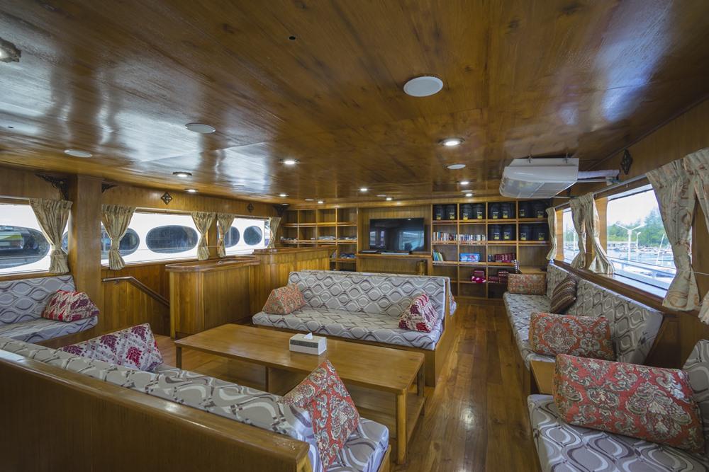 Tauchschiff MV Sawasdee Fasai Saloon